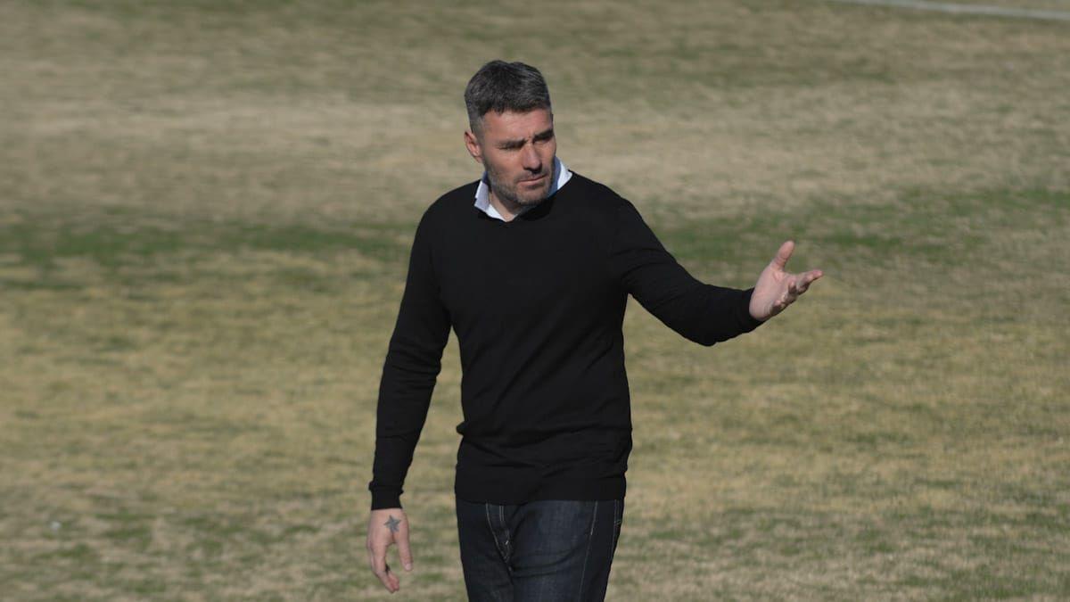 Diego Pozo, DT de Gimnasia y Esgrima, compartió con Messi la Selección Argentina (UNO/Martín Pravata)