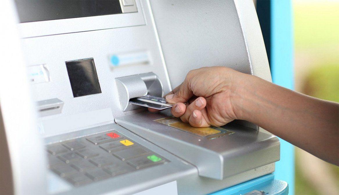 El Banco Central(BCRA) informó que ante el aumento de los ciberdelitos se establecieron nuevas medidas de seguridad con el objetivo de prevenir a los usuarios de posibles estafas bancarias.