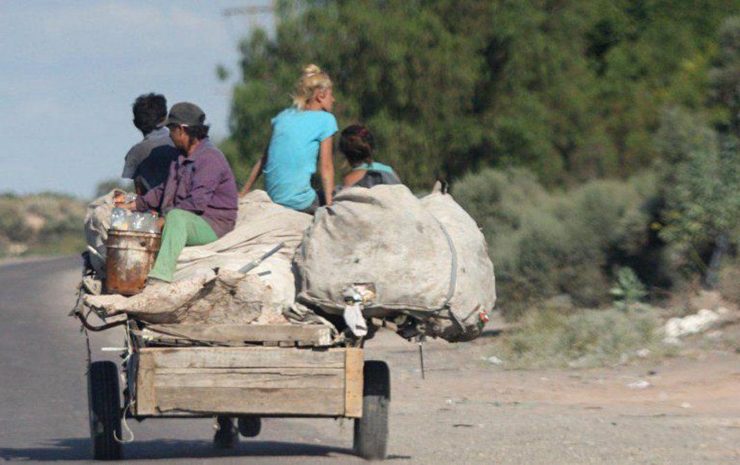 La pobreza ya alcanza a casi la mitad de los argentinos