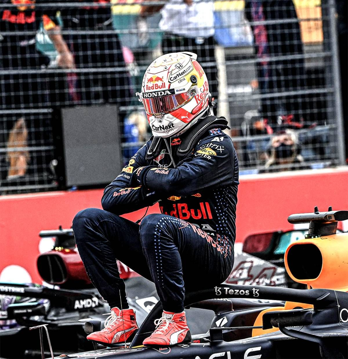Max Verstappen logró una gran victoria y lidera la Fórmula 1.