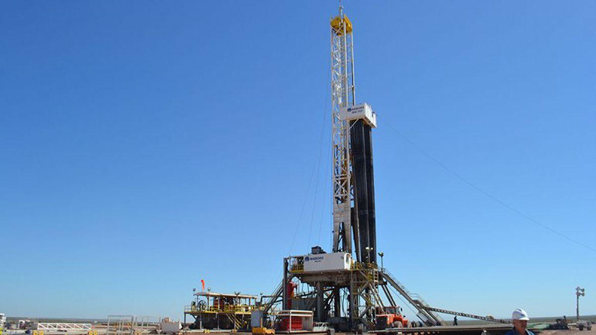 Con el programa Mendoza Activa Hidrocarburos la Provincia vuelve a iniciar perforaciones de pozos.