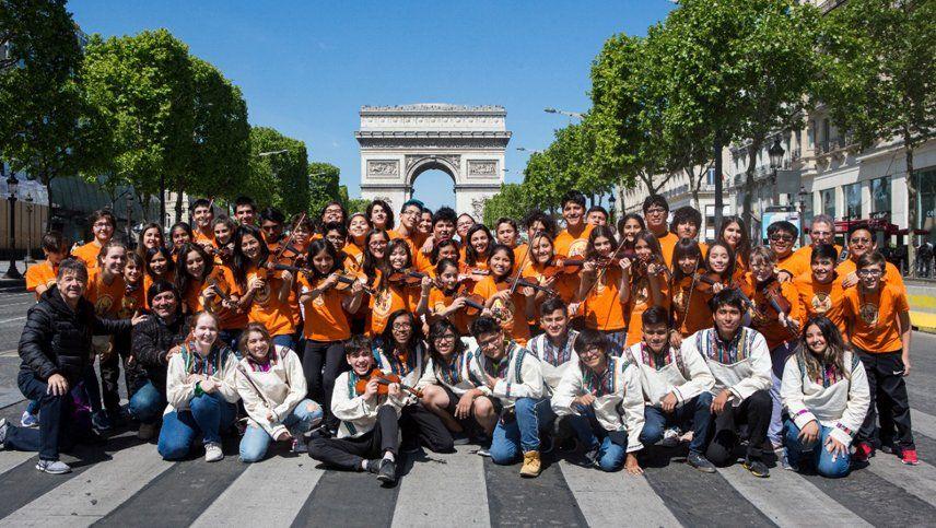 Unos 5.000 jóvenes, 20 directores y músicos internacionales animan la Marcha Sinfónica por el Clima