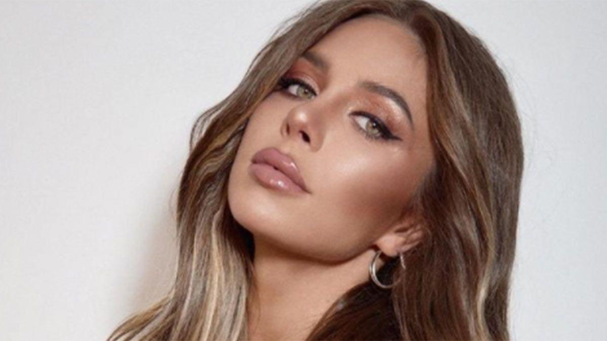 Romina Malaspina y sus fotos y video sexies para promocionar Color.