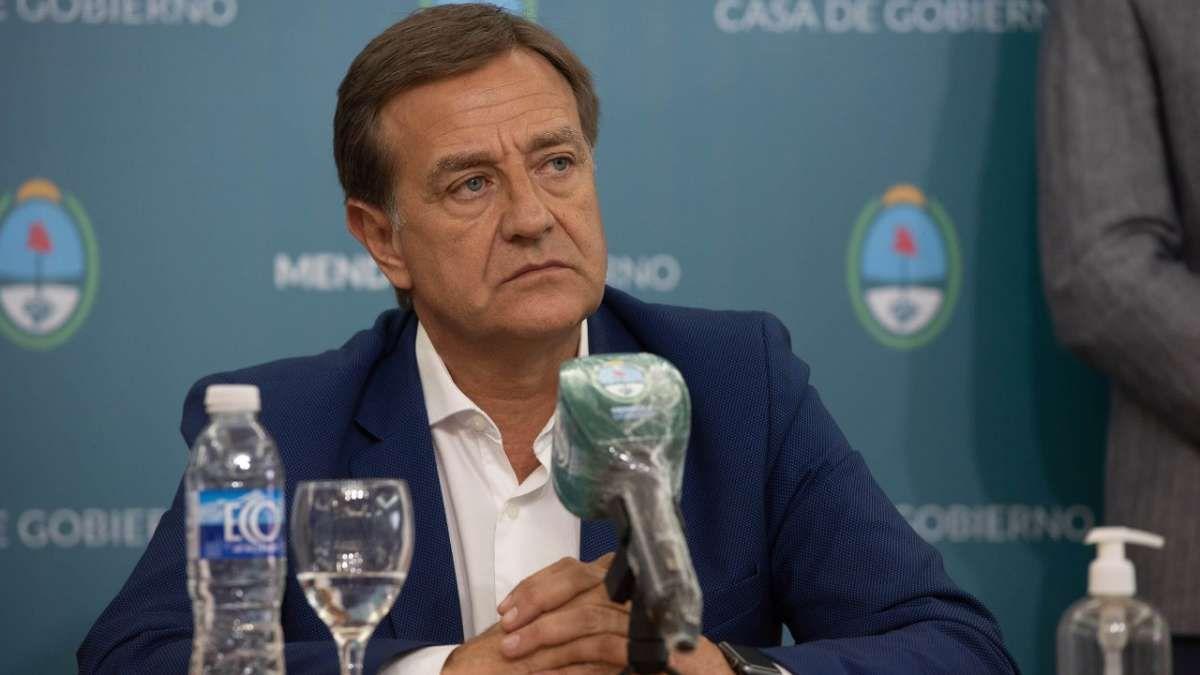 El Fiscal de Estado recomendó a Rodolfo Suarez que publique la lista de vacunados en Mendoza