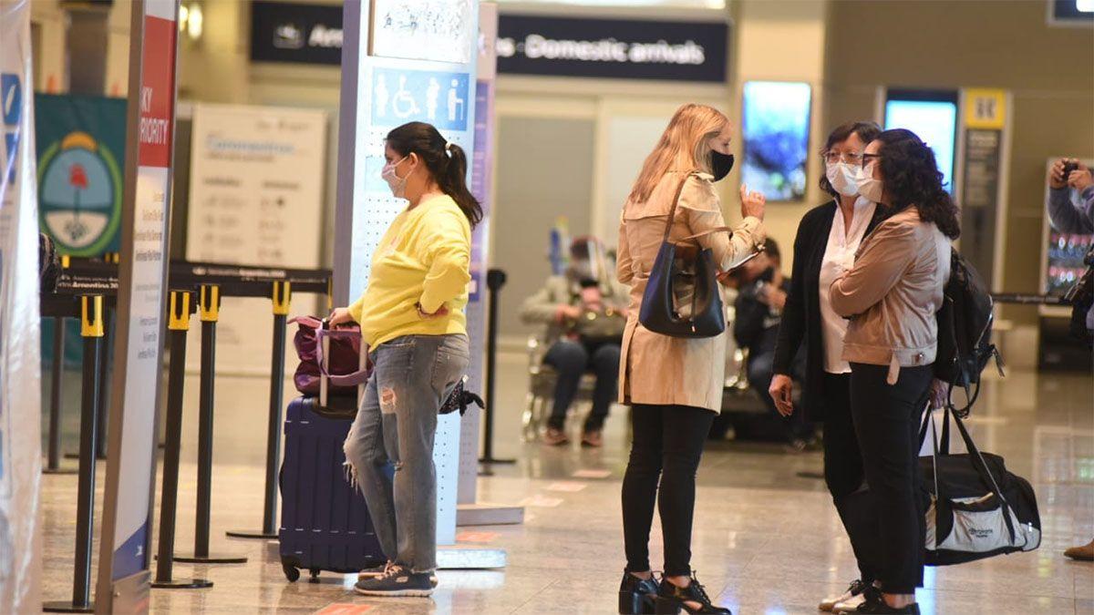 El aeropuerto de Mendoza volvió a funcionar tras 7 meses