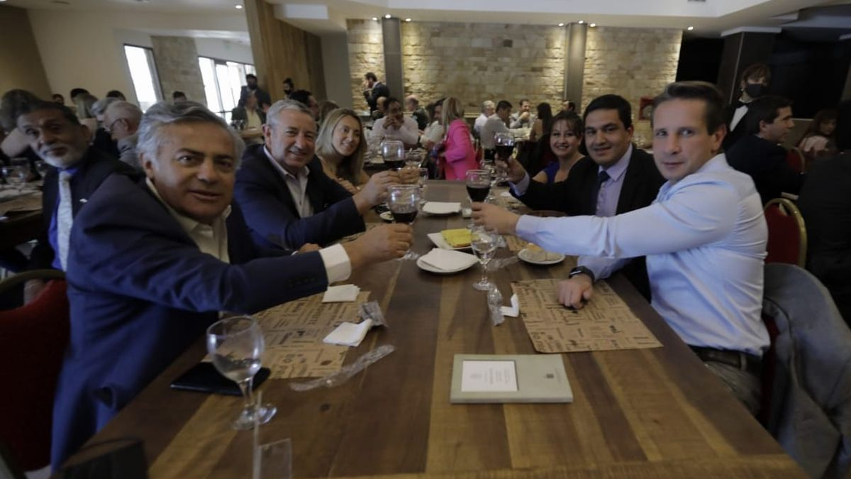 Cobos y Cornejo acompañaron las críticas y anuncios del intendente de Malargüe