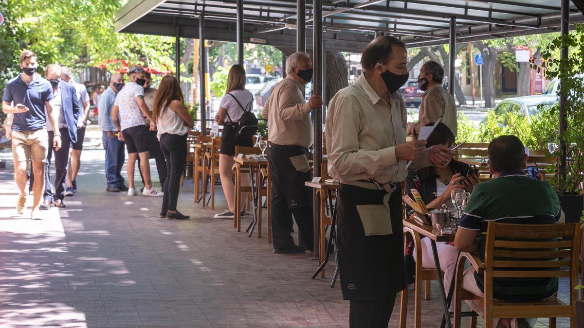 Hoteleros y gastronómicos piden que vuelvan los ATP.