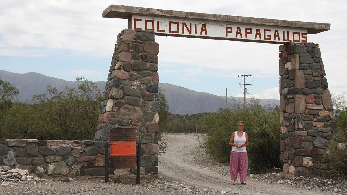 Una iniciativa legislativa propone que quienes vean la Colonia Papagallos sepan que allí hubo un centro clandestino de detención de personas en la dictadura.