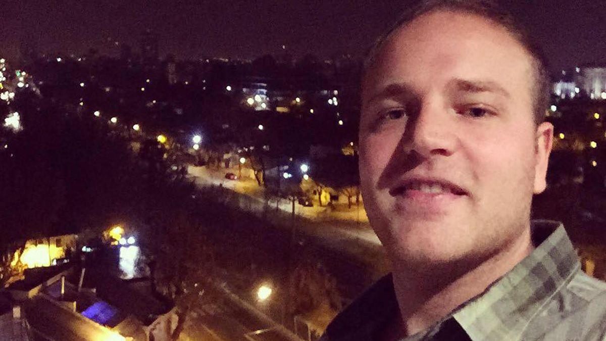 Luziano Moreno tenía 30 años, era periodista deportivo y estaba por irse del país.