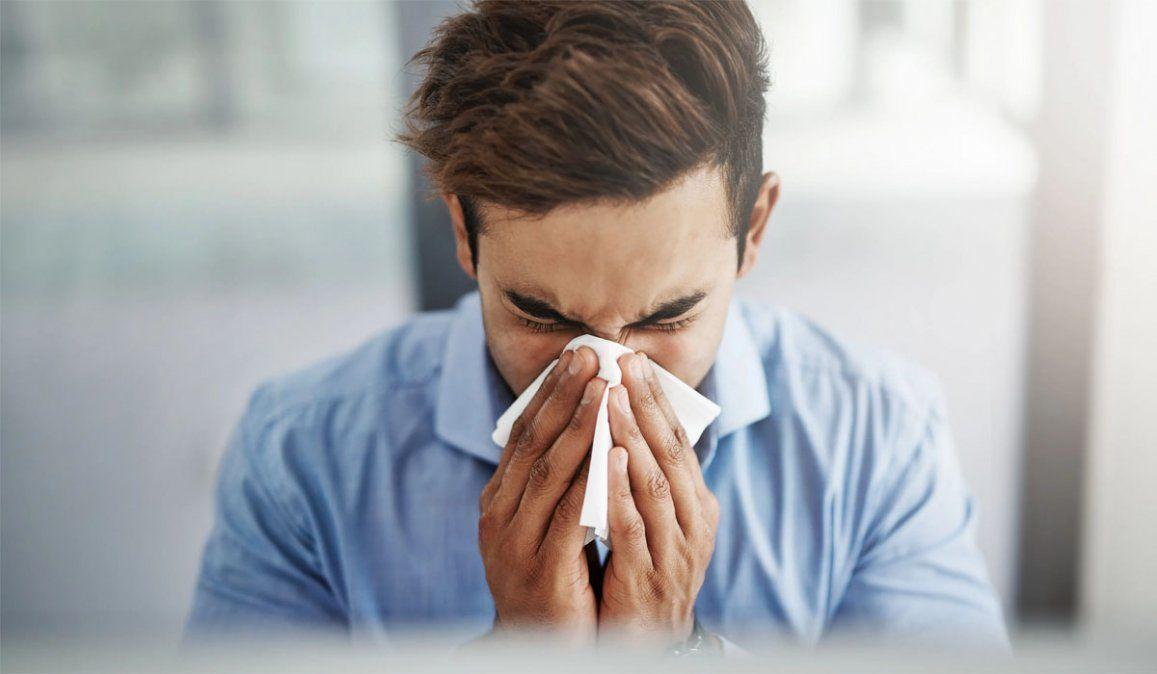 Cómo diferenciar el coronavirus del resfrío, gripe o alergia