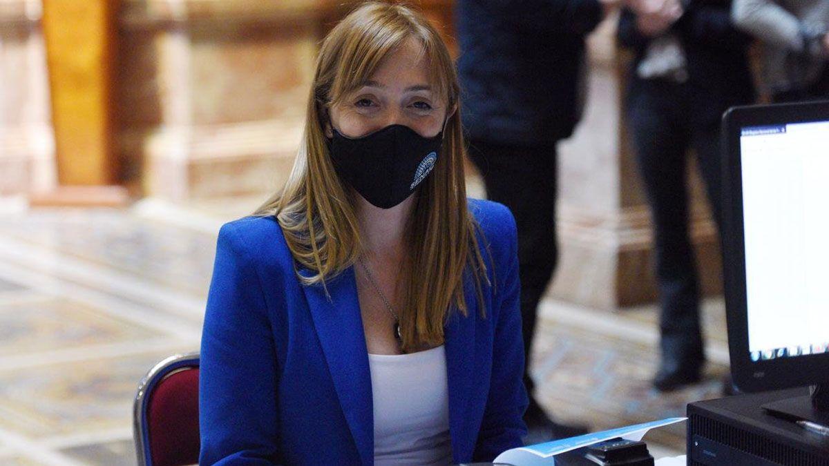 Anabel Fernández Sagasti habló de los integrantes del Poder Judicial y no ahorró críticas hacia algunos jueces en los casos de femicidios.