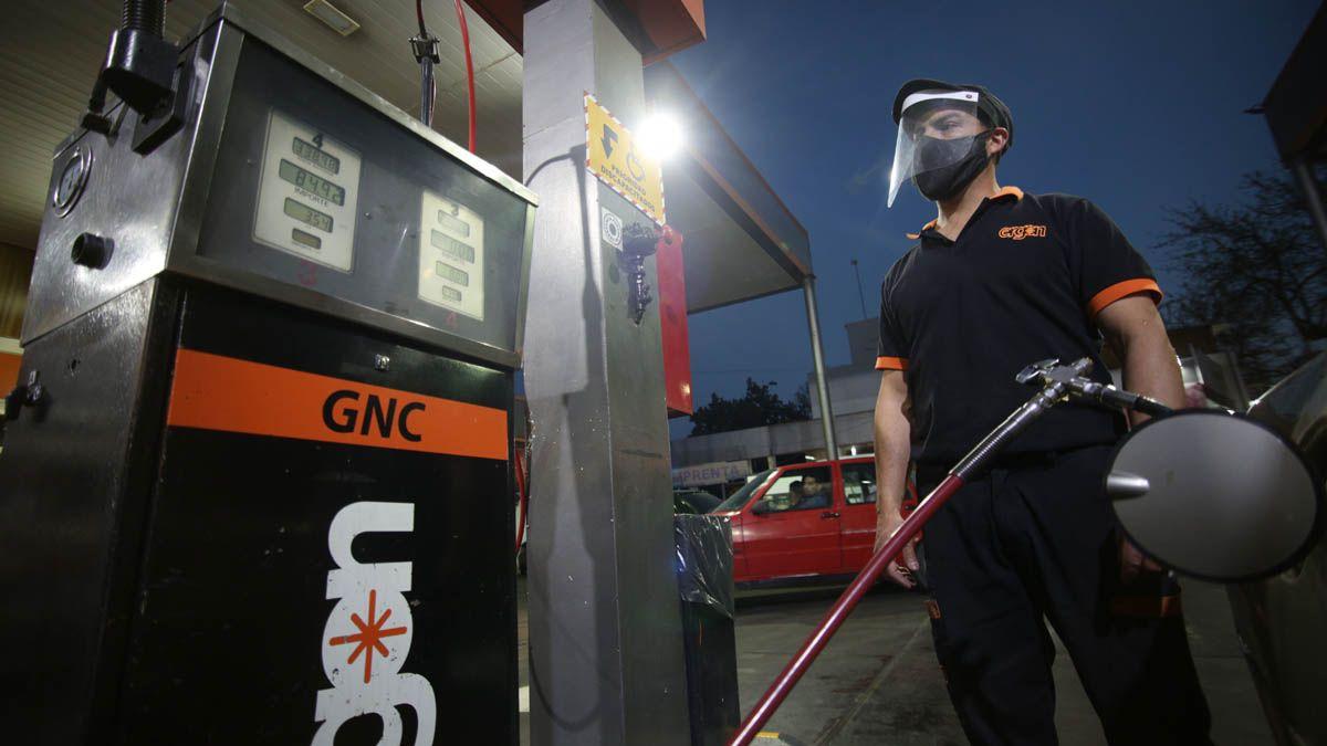 Cada vez más mendocinos buscan gastar menos en combustible.