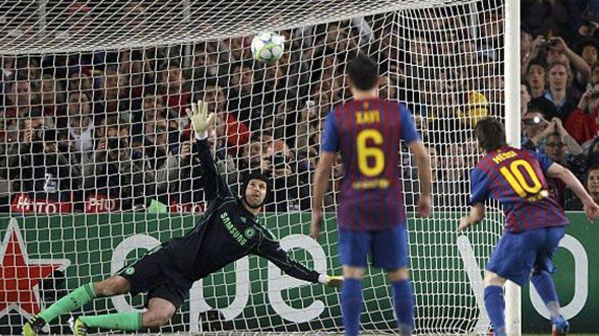 Petr Cech disfruta de tener de hijo a Messi