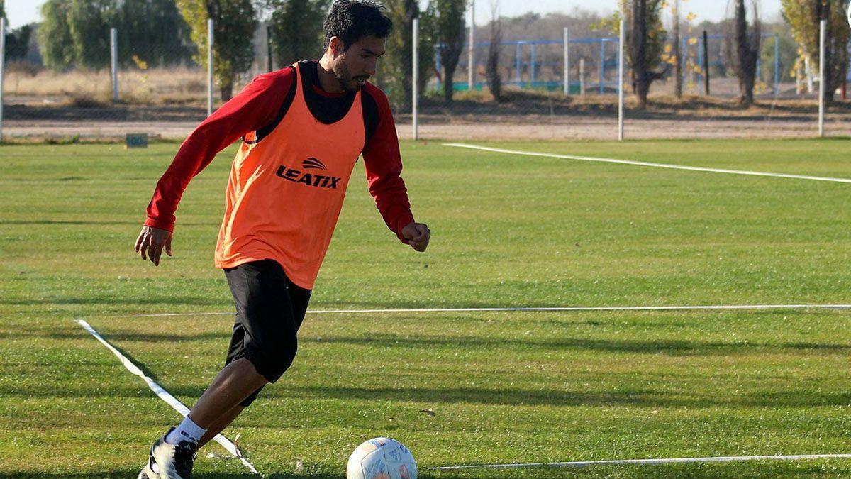 Ezquiel Bonacorso será titular en el Deportivo Maipú ante Gimnasia y Esgrima.