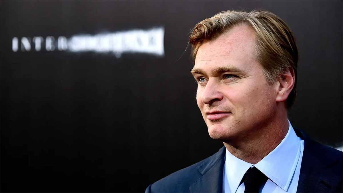 Christopher Nolan contra Warner Bros