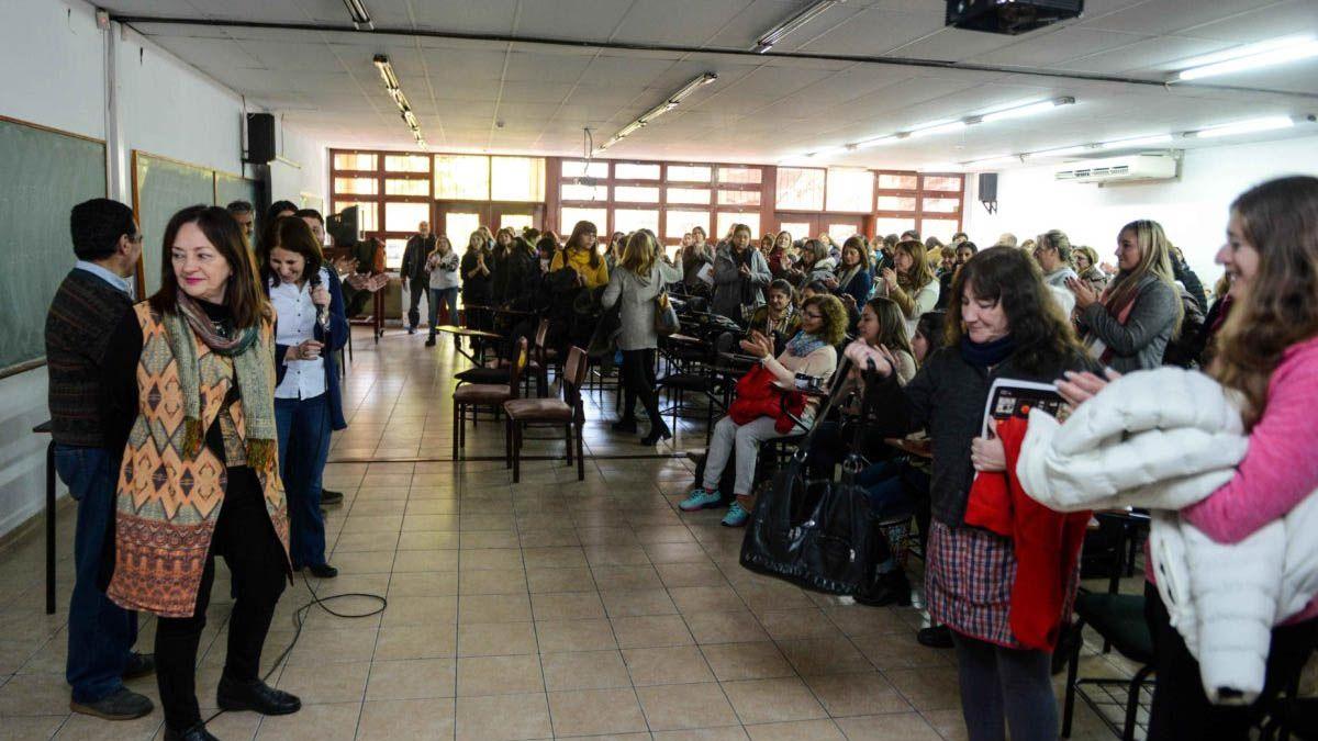 Bono para los empleados estatales: docentes y judiciales cobrarán más tarde