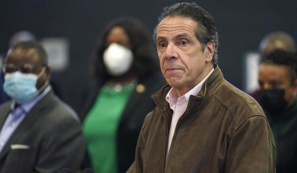 El gobernador de Nueva York es investigado tras presentarse tres denuncias de acoso sexual por parte de ex colaboradoras durante su gestión
