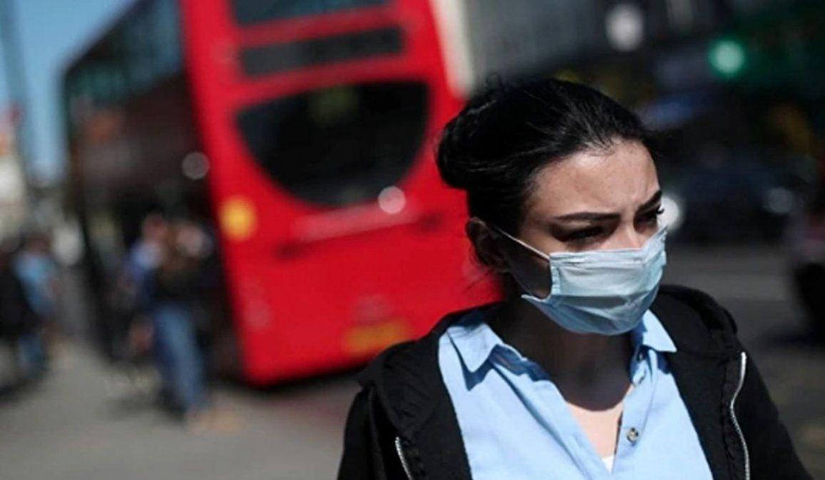 La nueva cepa del coronavirus está fuera de control