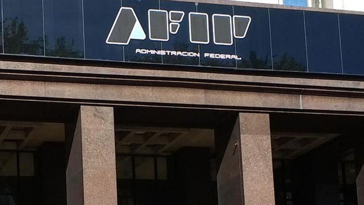 AFIP suspendió ejecuciones fiscales y cautelares a Pymes