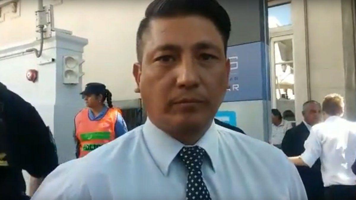 El comisario general Camilo Uvilla lucha contra el Covid y permanece internado en terapia intensiva del Hospital El Carmen.