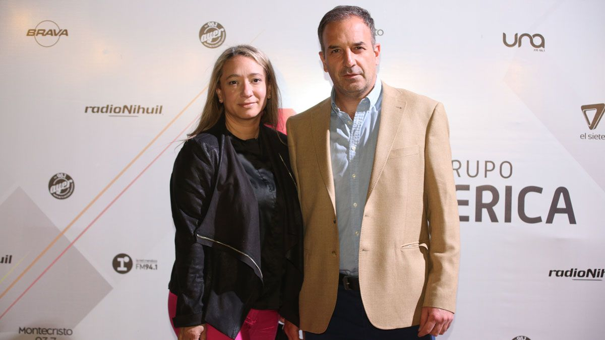 Gustavo Martín y Lorena Raconto, de Dr. Celular.