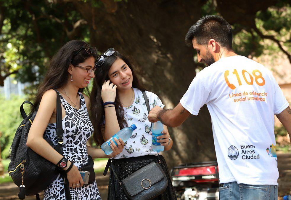 Poco menos de 6.000 casos de coronavirus en Argentina