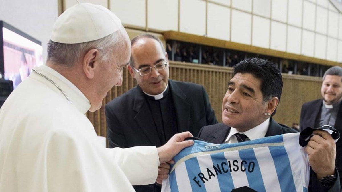 El papa Francisco recordó a Maradona