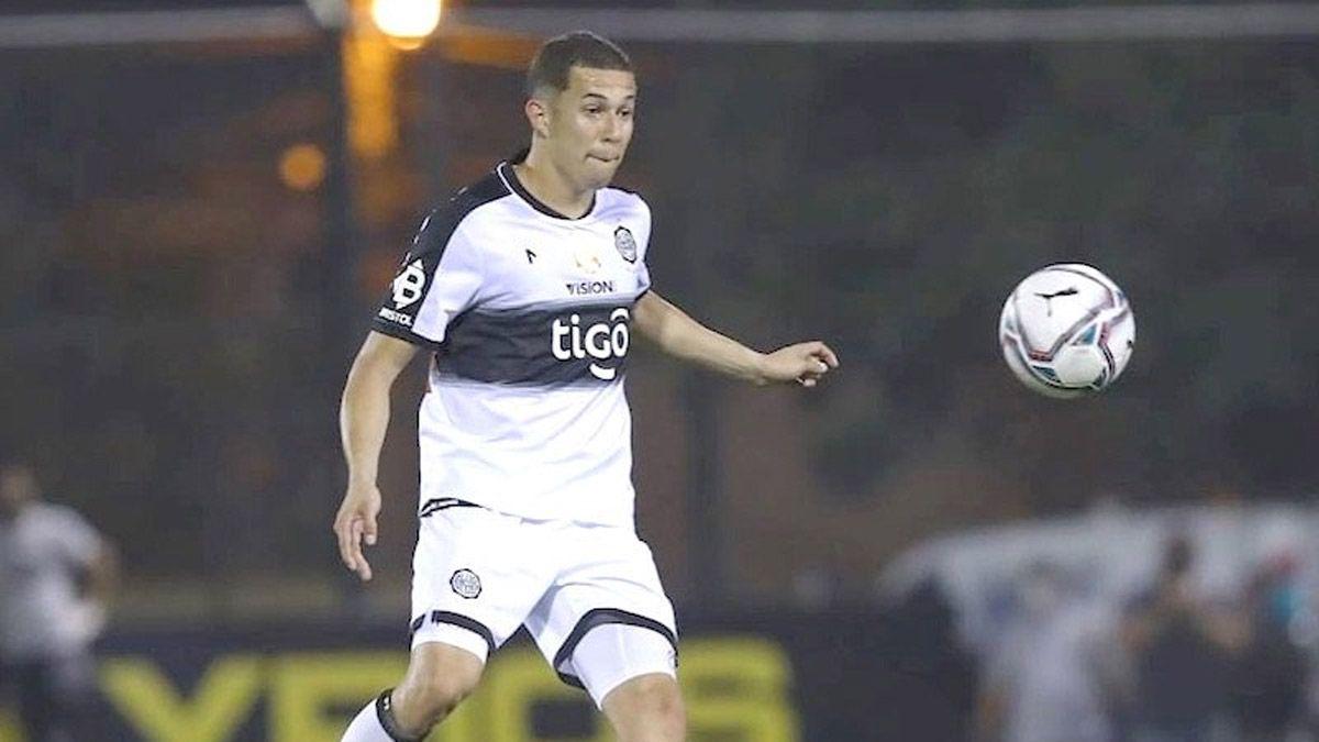 Godoy Cruz, con la mira en el paraguayo Luis Cáceres