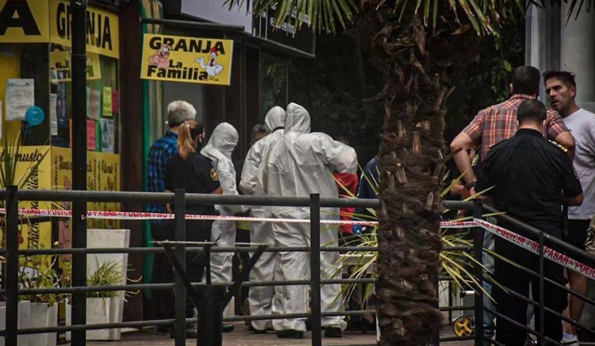 La mujer fue asesinada de un tiro en el cuello por un hombre que se desempeña como cuidador de un centro comercial