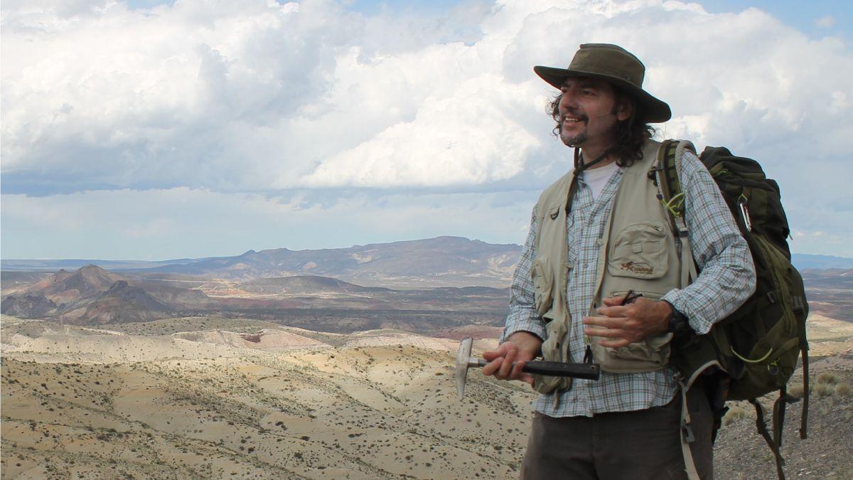 Bernardo González Riga es un mendocino profesor titular de la UNCUYO