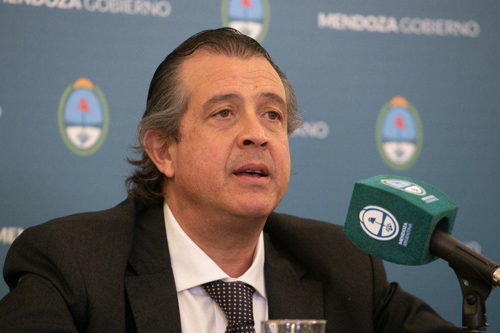 El ministro de Gobierno, Víctor Ibáñez, mostró el enojo que generó en el Gobierno el fallo del juez Walter Bento al avalar la existencia de las colectoras del Frente de Todos.