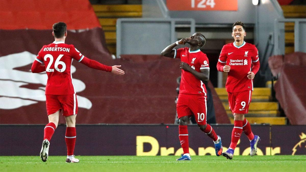 Liverpool sigue líder pese a igualar con el West Bromwich
