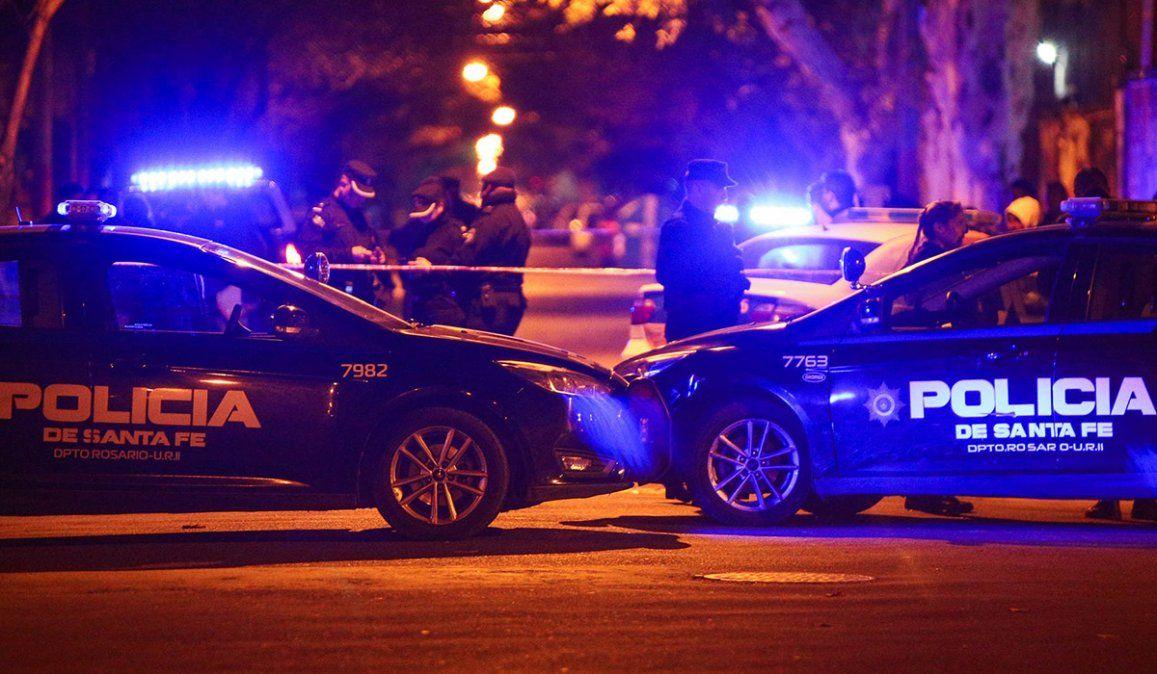 Un joven fue asesinado a balazos en la puerta de su casa