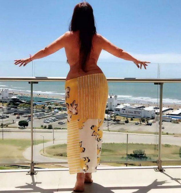 Moria Casán, en topless y sin photoshop en Mar del Plata
