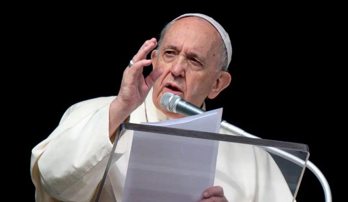 Francisco pidió este miércoles recordar el Holocausto