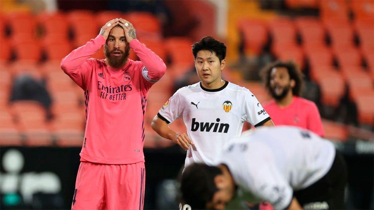 Valencia goleó al Real Madrid con el VAR como protagonista