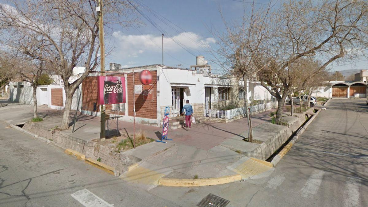 Este fue el negocio asaltado en la siesta de este jueves en Godoy Cruz