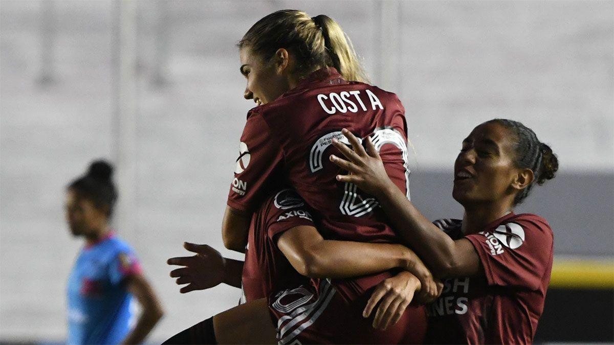 River goleó a Atlético Sport Club y se clasificó a cuartos