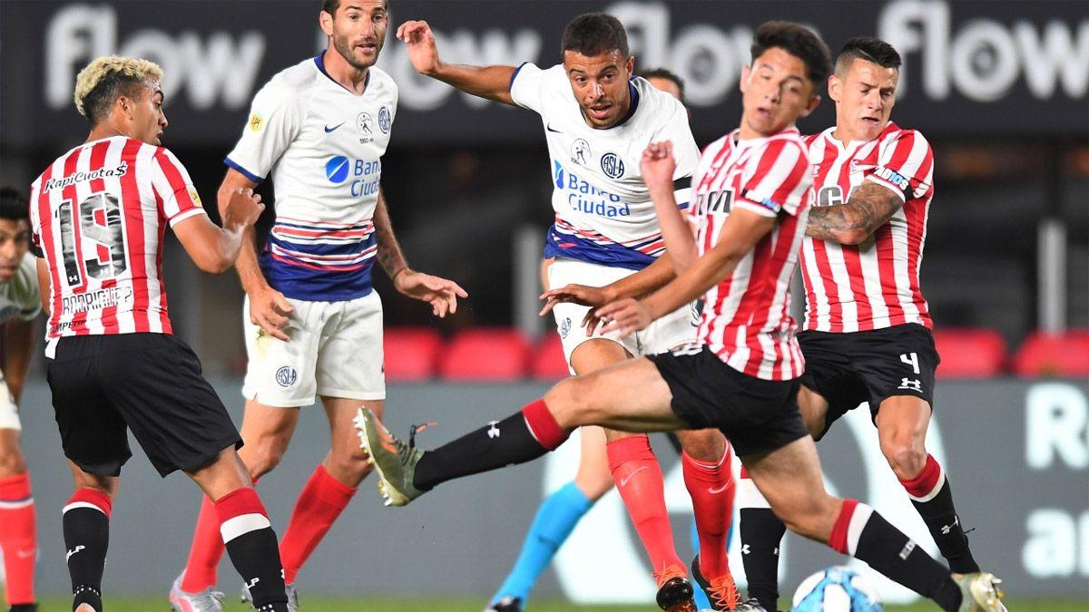 Estudiantes y San Lorenzo no lograron anotar en La Plata