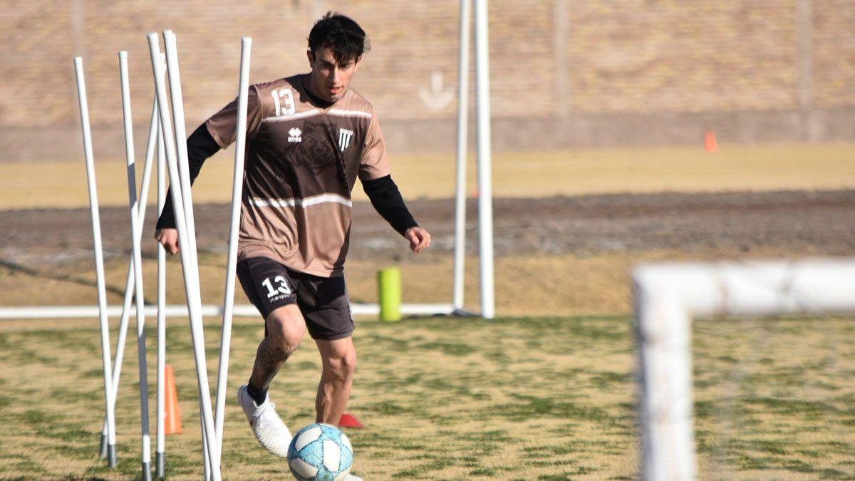 El volante Santiago López ve un panorama complicado para el retorno del fútbol.