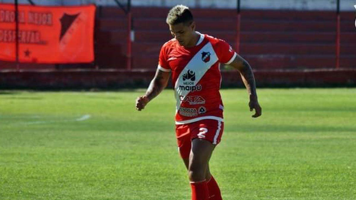 El defensor Leandro Corulo palpita el choque ante Camioneros.