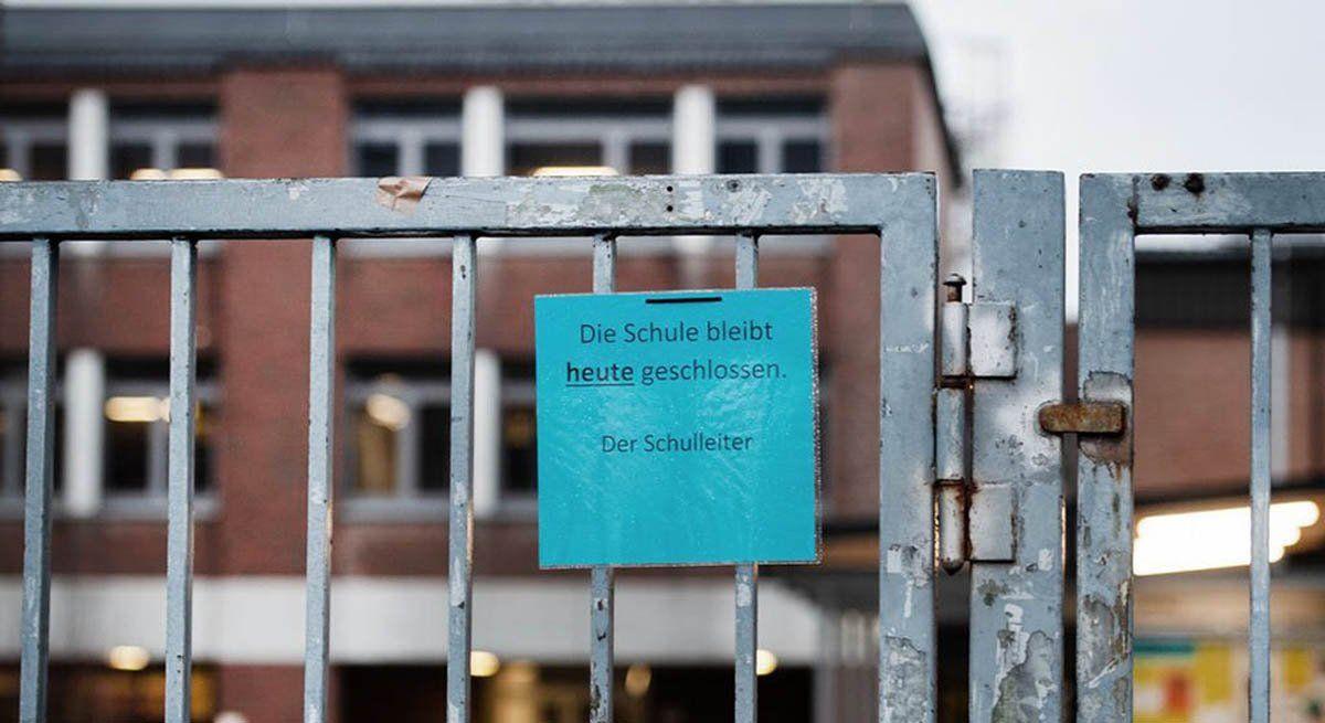 Alemania cierra comercios y escuelas y prohíbe reuniones de Año Nuevo