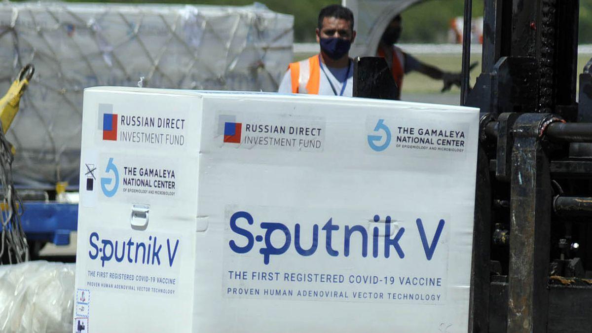 Vacuna rusa: cómo es el operativo del segundo cargamento