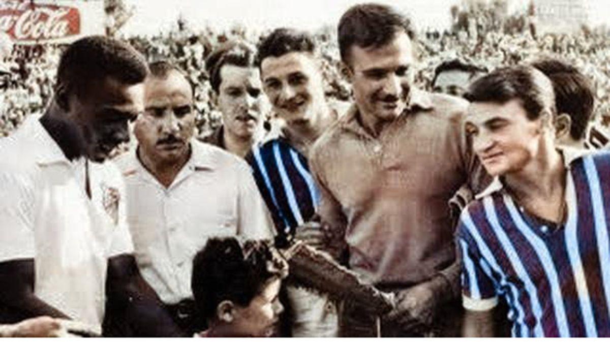 El día que el Rey Pelé vino a jugar un amistoso al Feliciano Gambarte ante Godoy Cruz.