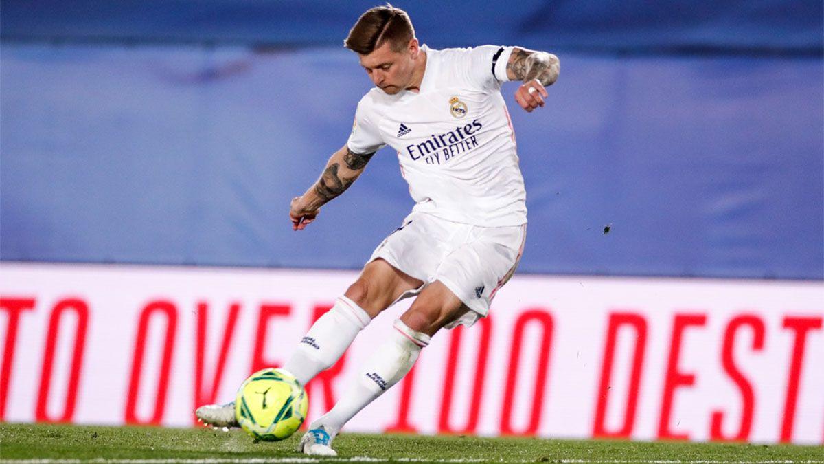 Real Madrid le ganó a Barcelona  pidiendo la hora