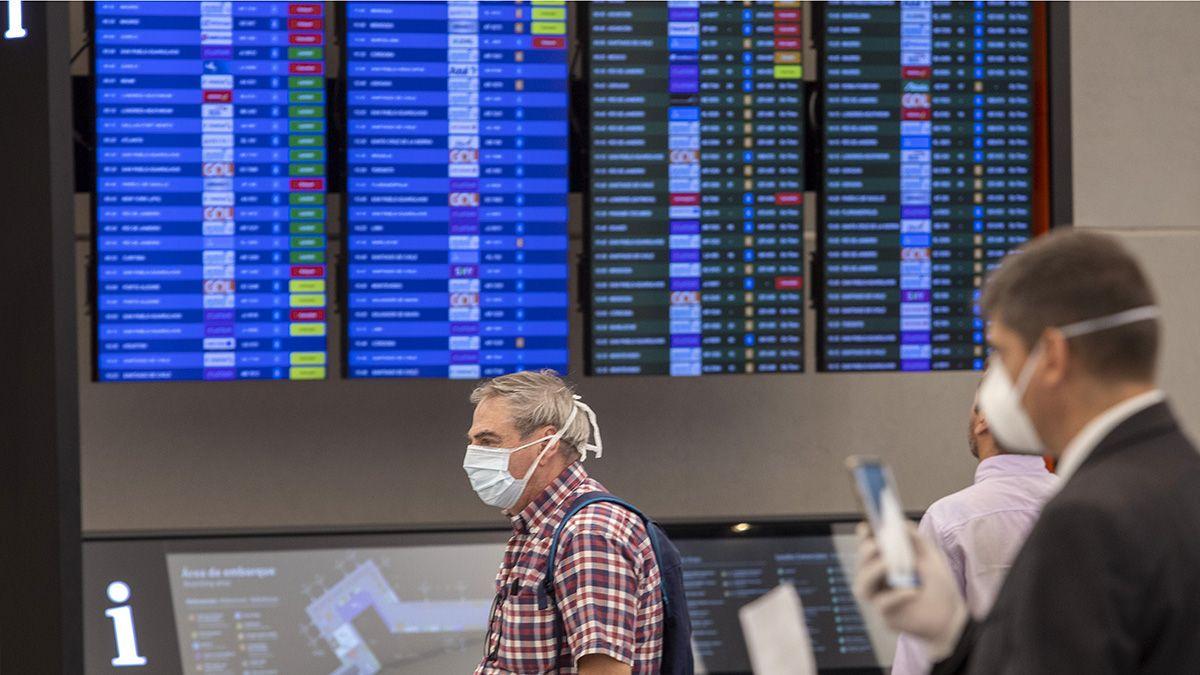Habrán fuertes restricciones en los viajes al exterior