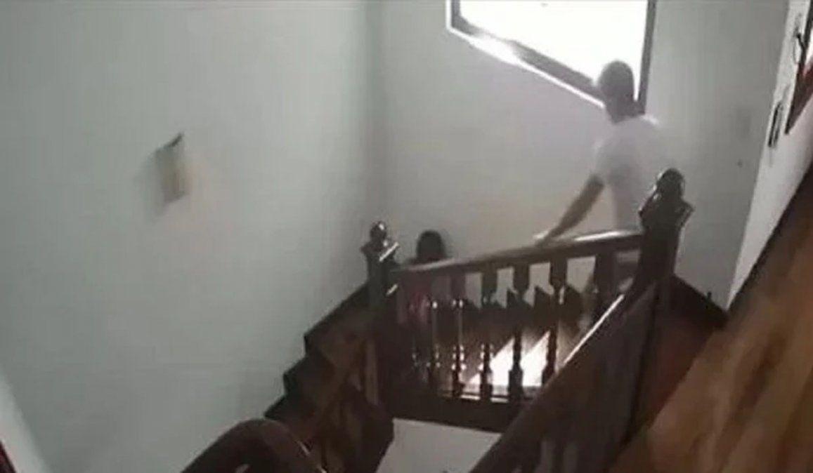 Lourdes Sánchez peleó con el Chato Prada y se cayó por las escaleras