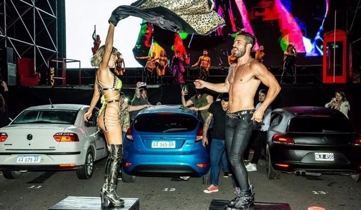 Reapareció Jimena Barón: fue a ver bailar desnudo a su novio