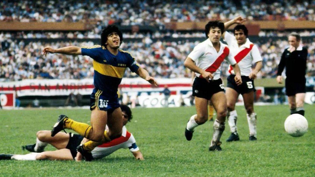 River y una bonita despedida para Diego Maradona