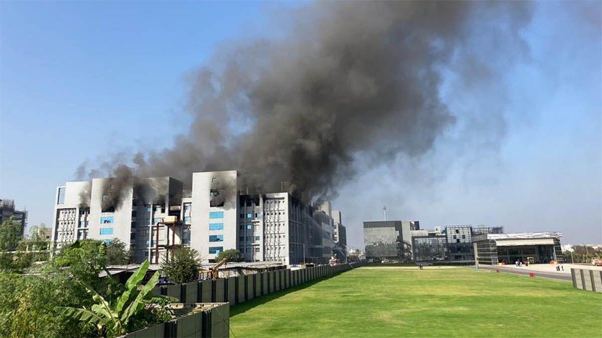 Hubo un incendio en la mayor fábrica de vacunas del mundo